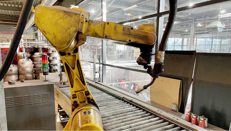 QBTEC maatwerk frituurinstallaties lasrobot